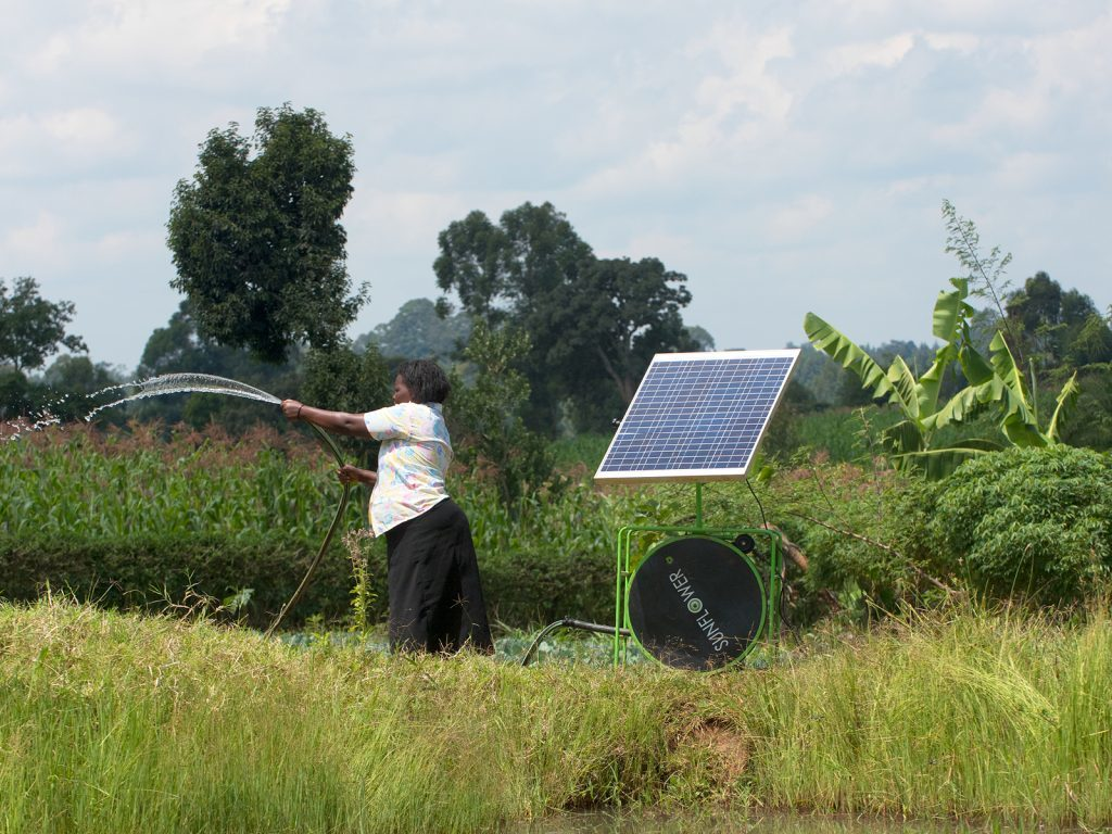 Irrigating-with-solar-a-farmer-in-Kitale-Kenya-1024x768
